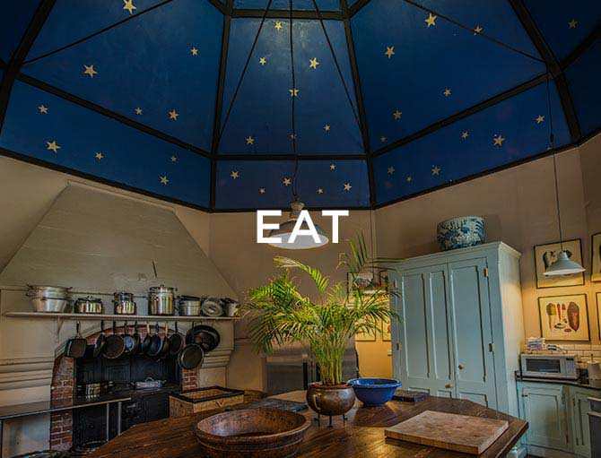 Huntsham kitchen with words saying eat